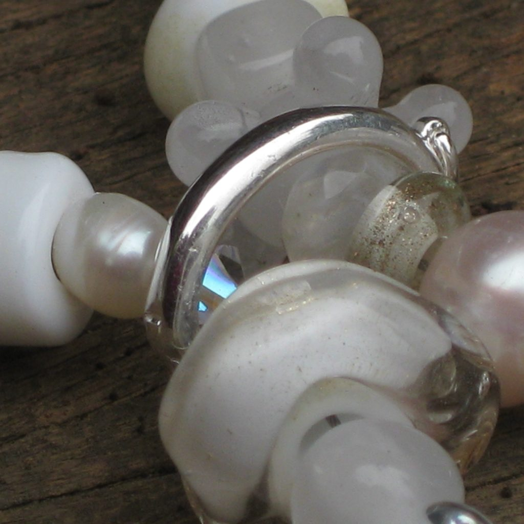 emubeads-revamp-gathering-for-brides-hen's-night-glassbead-jewellery