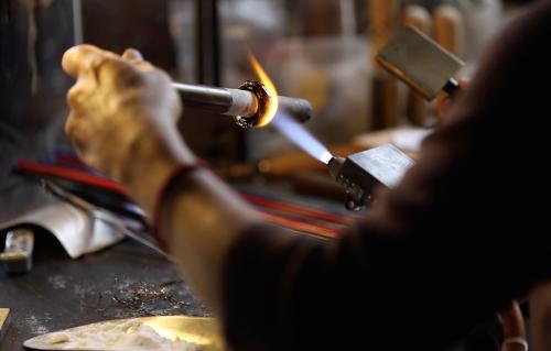 handmade-glass-beads-bespoke-lampwork-jewelry-making